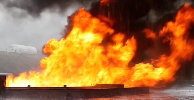 POOL FIRE (incendio di una pozza di prodotto idrocarburico)